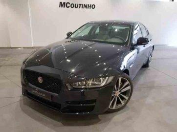 Jaguar XE 2.0 Prestige