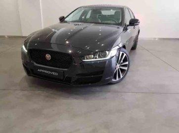 Jaguar XE 2.0D Prestige Auto