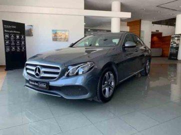 Mercedes-Benz E220 2.0D Avantgarde Auto
