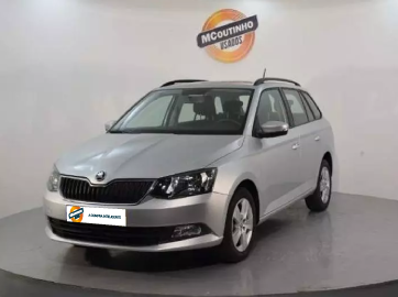 SKODA-FABIA-BREAK-1.0-TSI-AMBITION